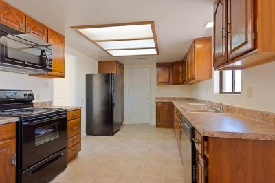 Don't miss this great opportunity to Rent to own a home in Phoenix!