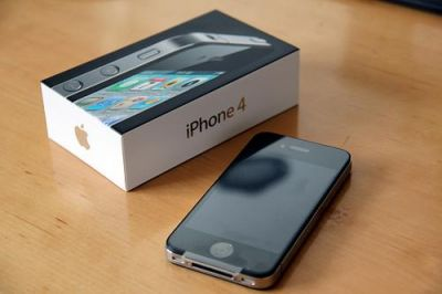 FOR SALE APPLE IPHONE 4G 32GB-$220USD/BUY 2 GET 1FREE