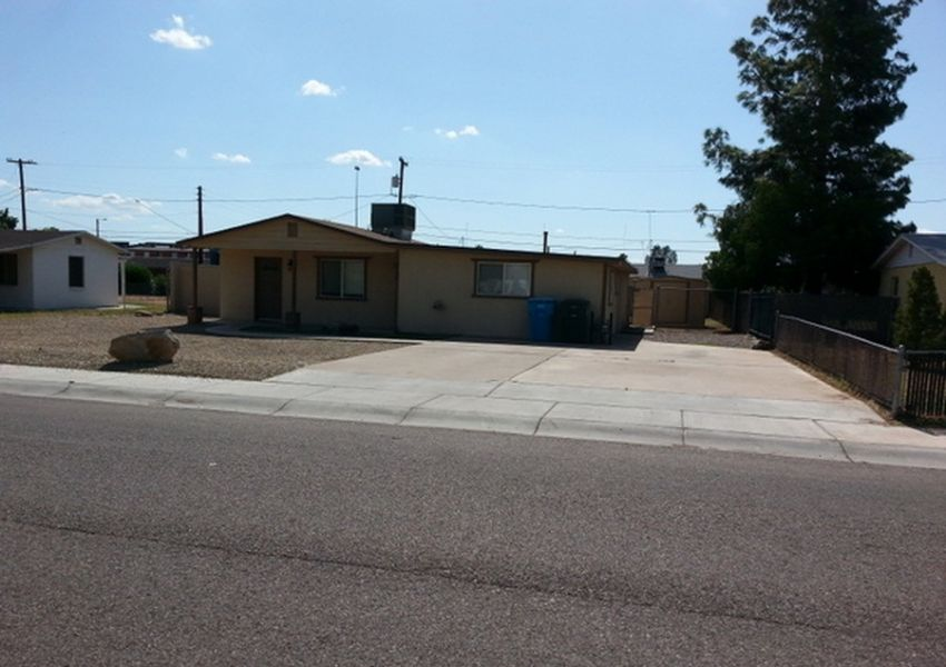 House for rent Cute 4 beds 3 baths 1,516 sqft Phoenix, AZ 85015