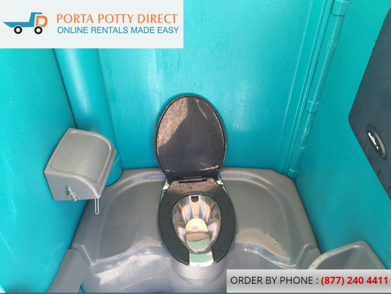 Portable Toilets With Full Service For Constructions And Weddings