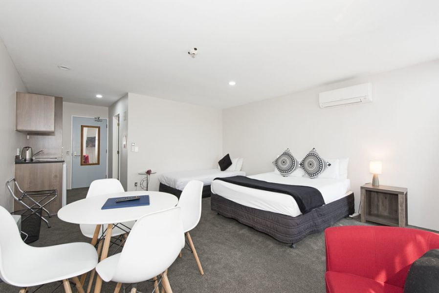 Park Lane Provide Affordable Accommodation Takapuna Beach
