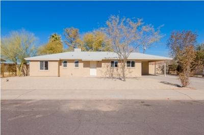 NEWLY REMODELED Home in Phoenix! Simply Amazing and Affordable!