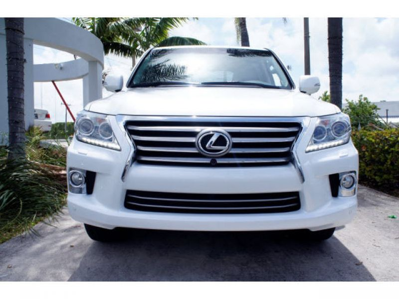 I want to sell my 2013 Lexus LX 570