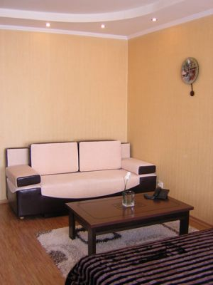 Popular apartment for daily rent in the center of Lugansk Ukraine