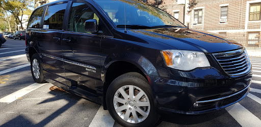 2013 Chrysler Town & Country Touring Mobility Wheelchair Accessible Van | 43k Miles $17995