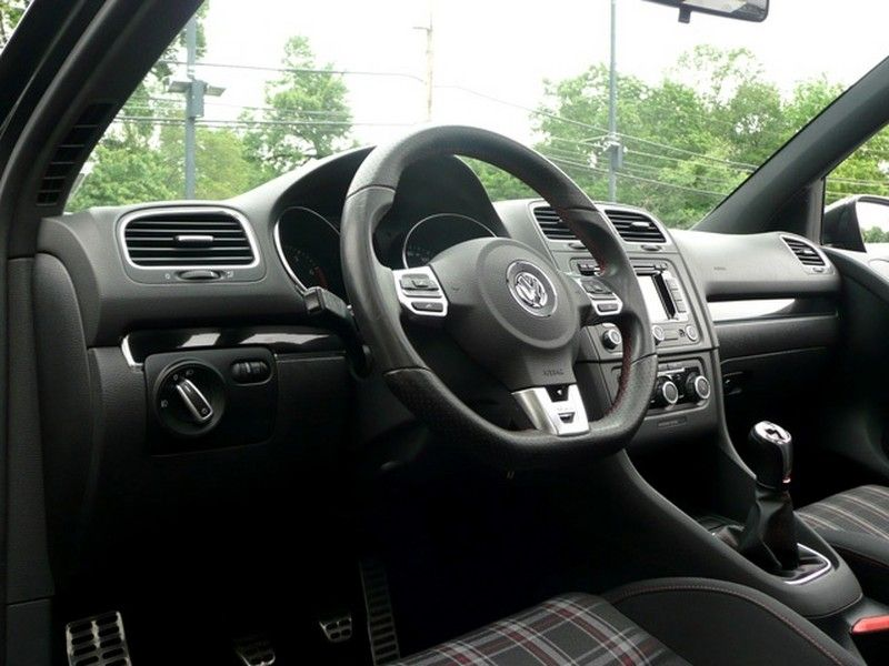 Auction Sale: 2011 Volkswagen GTI 2.0T Great Price GTI 2.0T 6SPD 4D HBK Nav Pwr Sunroof Htd Seats Mu