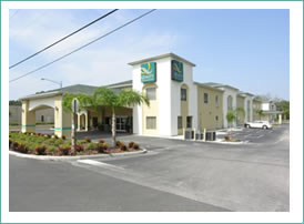 cheap hotel in zephyrhills