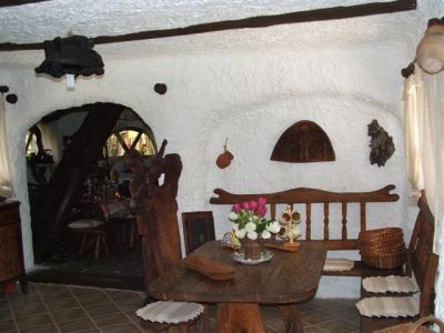 Hungary In the heart of Alfold, near to Kecskemet for sale a farm house with equipment,
