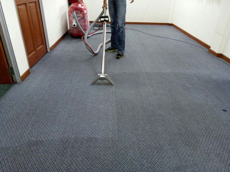 A AND B CARPET 1-800-743-0034