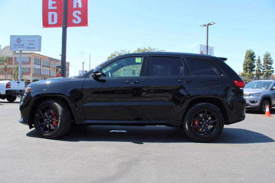 2019 Jeep Grand Cherokee in Los Angeles | Jeep Dealers