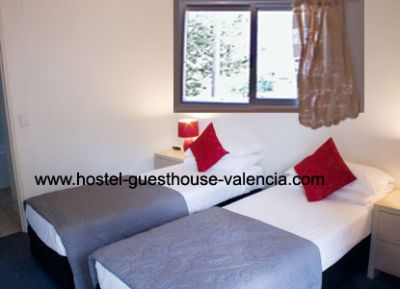Book your stay at Valencia with hostel-guesthouse-valencia.com, accommodation in Valencia 12.50 Euro