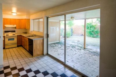 Spacious Bedrooms, Good sized kitchen! Lease Purchase Glendale