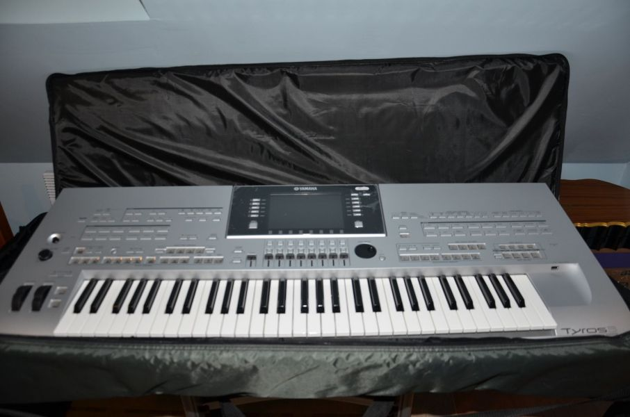 For Sale New  Yamaha Tyros 3 Keyboard