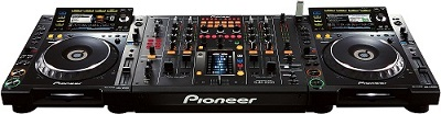BRAND NEW SET OF 2x PIONEER CDJ-2000 PLAYER & 1x PIONEER DJM-2000 MIXER at 2200 Euro