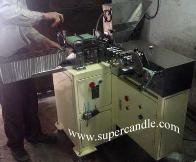 Crayon Labeling Machine, Crayon Labeler, Crayon Label Wrapping Machine
